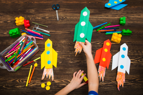 10 fun craft projects you can do with the kids