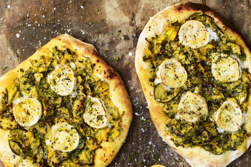 Courgette flatbreads recipe with herbs and goat's cheese