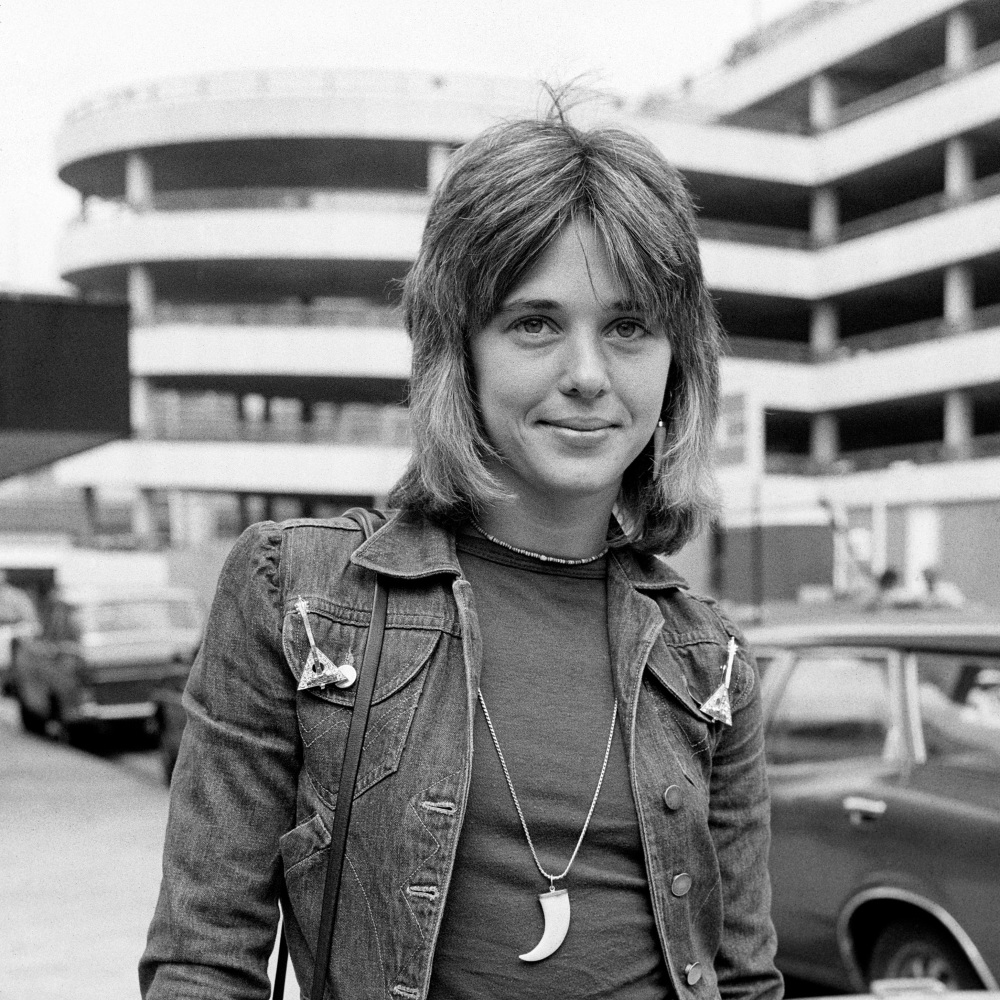 Singer Suzi Quatro Heathrow Airport Londres