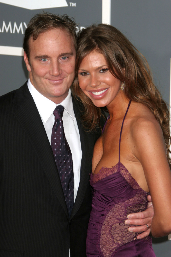 celebrity wedding anniversary nikki cox and jay mohr 29