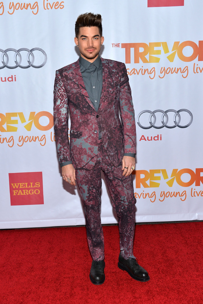 Adam Lambert stood out in his printed suit