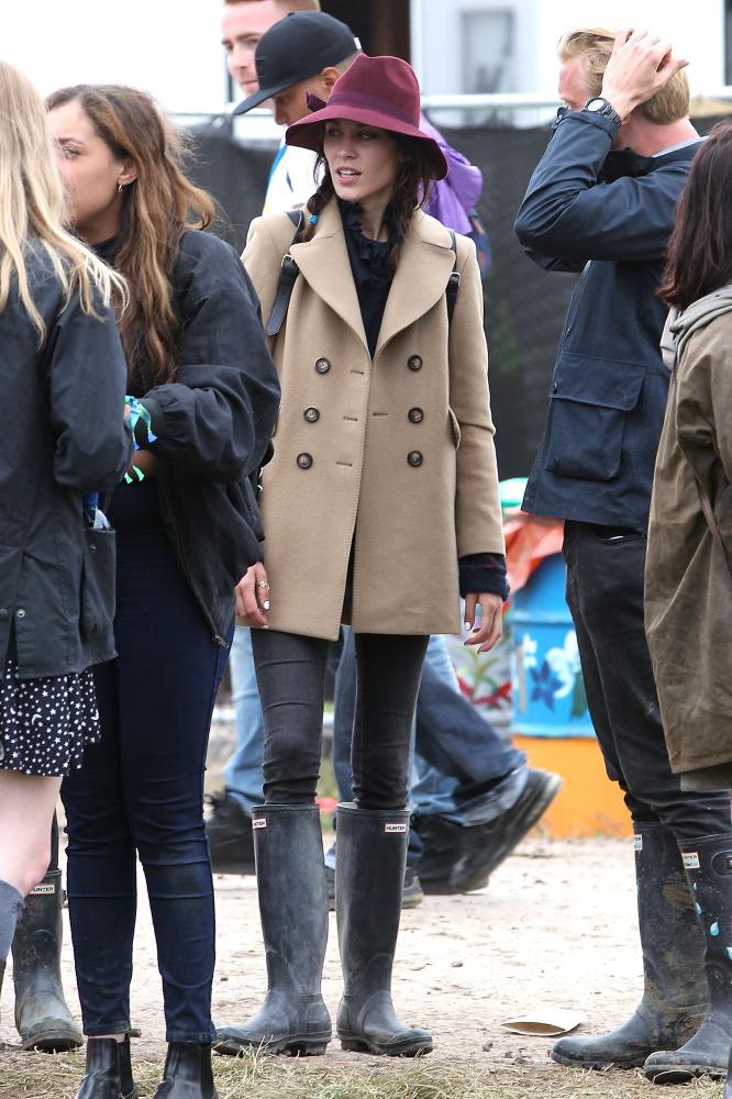 Alexa Chung dating 2013