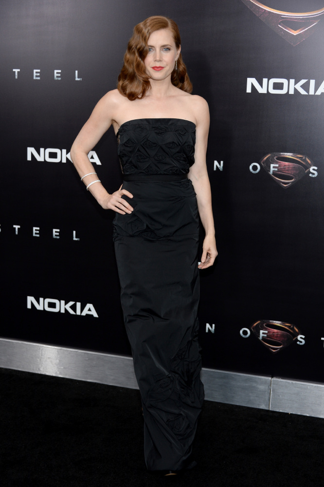 Amy Adams chose a sexy Nina Ricci number