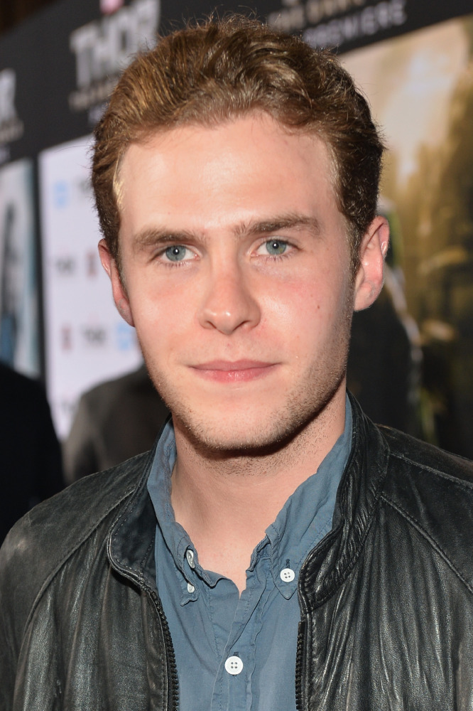 iain de caestecker and elizabeth henstridge fanfiction