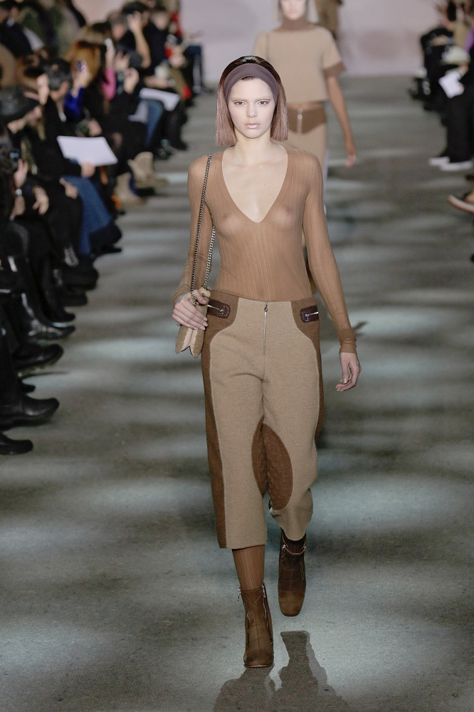 Kendall Jenner Makes It In High Fashion In Marc Jacobs Show