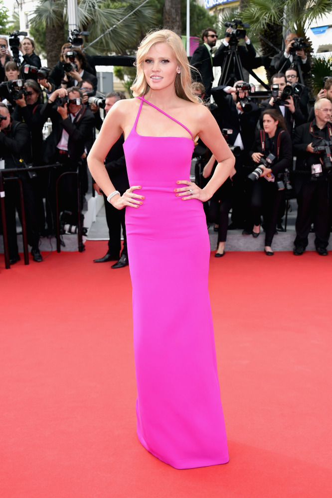 a44aa578e5357c Lara Stone stands out in her Calvin Klein pink dress