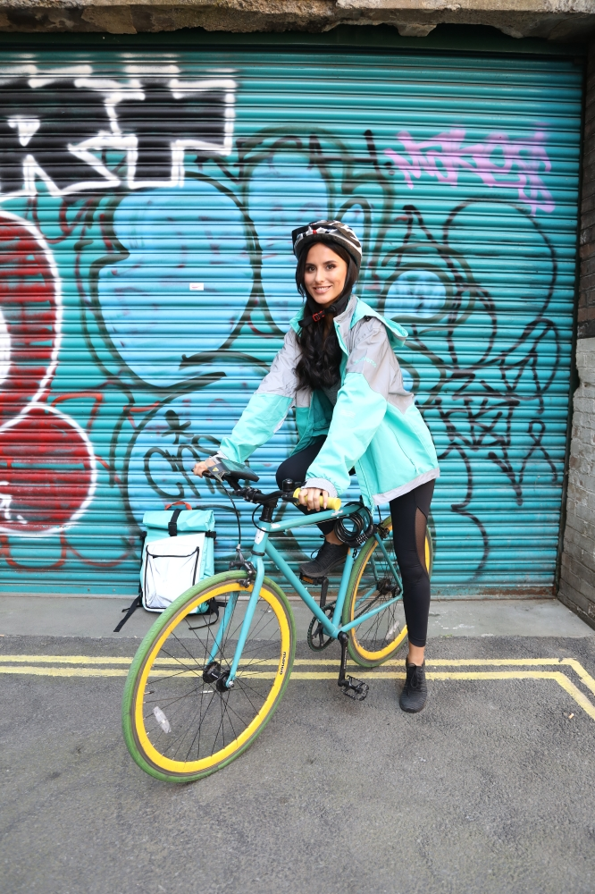 Lucy tries out a Deliveroo role she found on Jobs from Gumtree