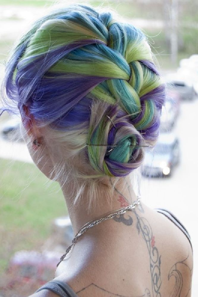 A gorgeous example of 'Brony Hair'