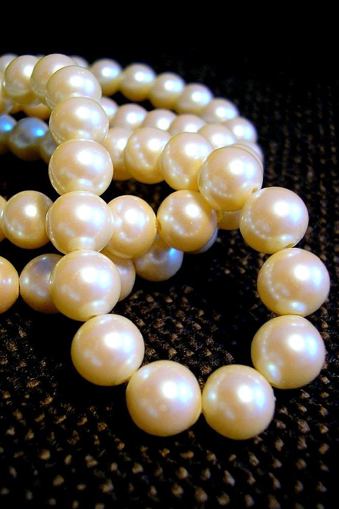 Dream interpretation pearls we find out what it means to dream about pearls mightylinksfo