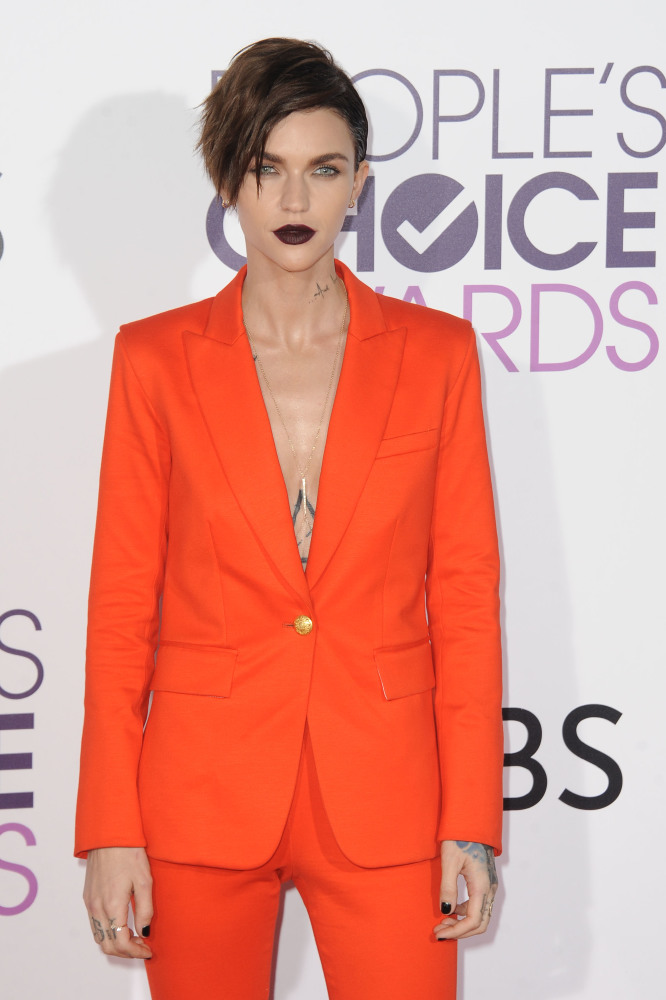 Ruby Rose at the People's Choice Awards in Veronica Beard