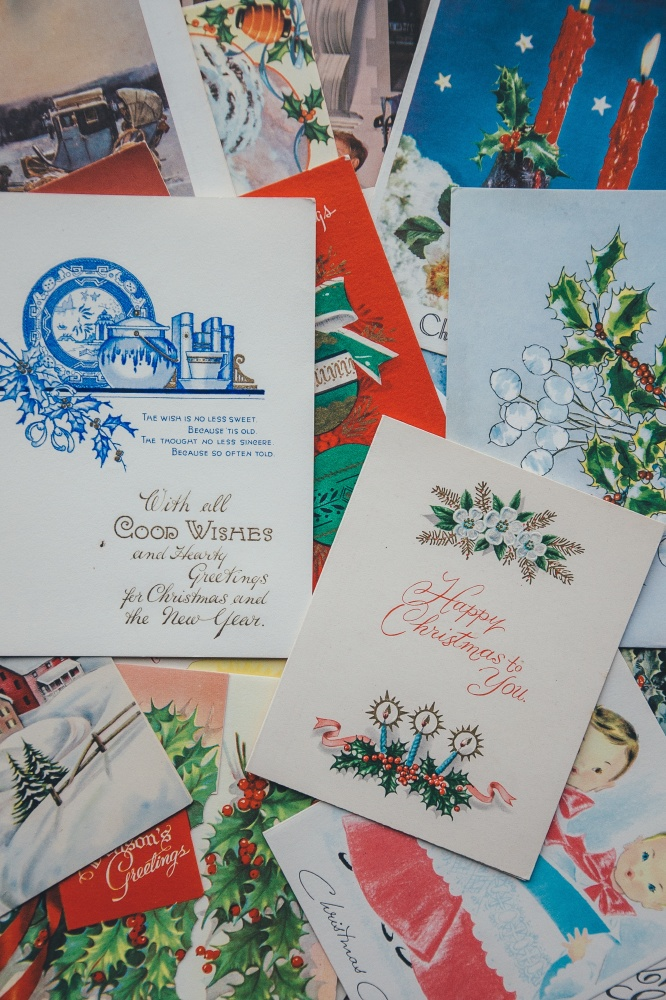 We find out what it means to dream about Christmas Cards