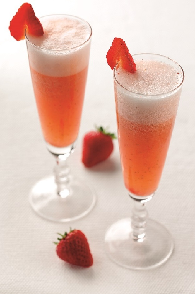 Strawberry Rossini Cocktail