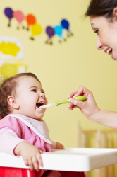 Choosing the right food for your baby is eay with Plum