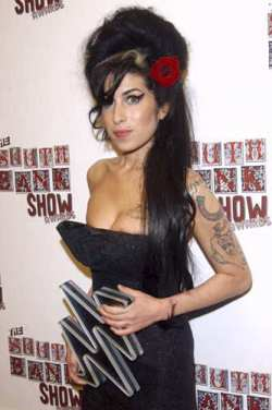 amy-winehouse-anthony-harve.jpg