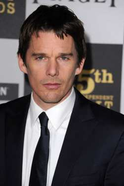 ethan hawke honours new york workers - female first