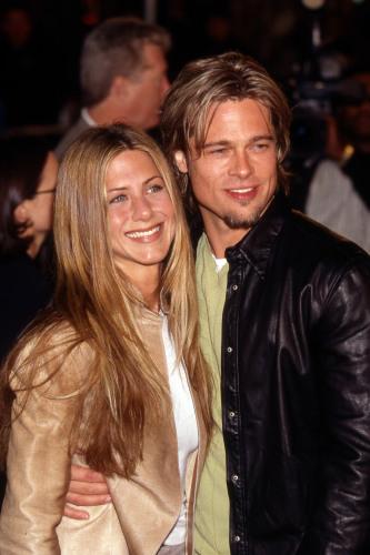 Celebrity Wedding Anniversary Brad Pitt And Jennifer Aniston 29 7 2000