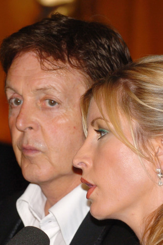 McCartney Married Mills A Former Model In 2002 After He Proposed To Her The Lake District While They Were On Holiday 23rd July 2001