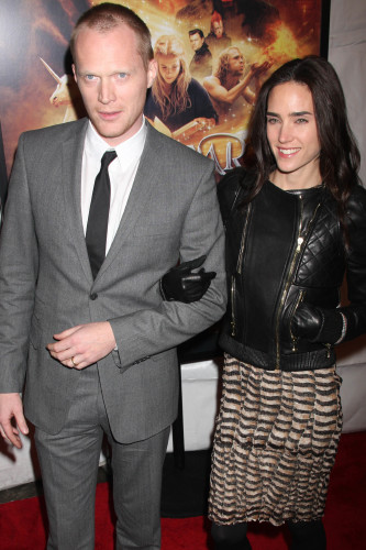 celebrity wedding anniversary jennifer connelly and paul bettany 1 1 2003. Black Bedroom Furniture Sets. Home Design Ideas