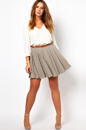 Trendy Plus Size Fashion for Women: Spring Skirts