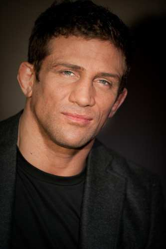 Alex Reid says no to surrogacy