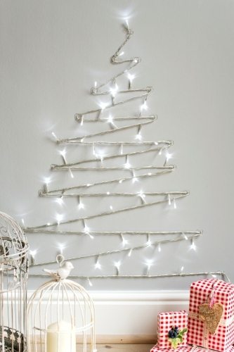 Wall Tree Made Of Lights : Christmas decorating tips: A Scandinavian Christmas