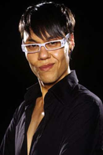 Gok Wan knows which glasses suit his face shape