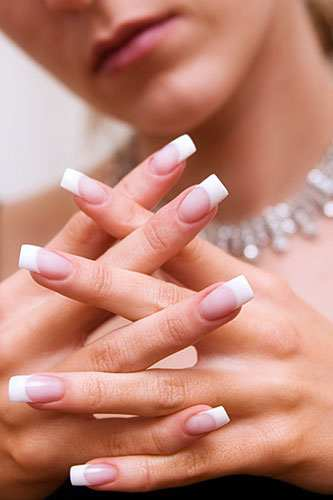 Modern Nail Art: French Manicure With A Twist
