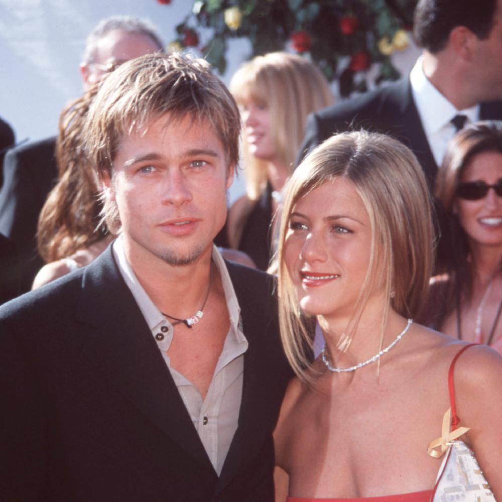 Celebrity Wedding Anniversary: Brad Pitt and Jennifer Aniston 29/7/2000