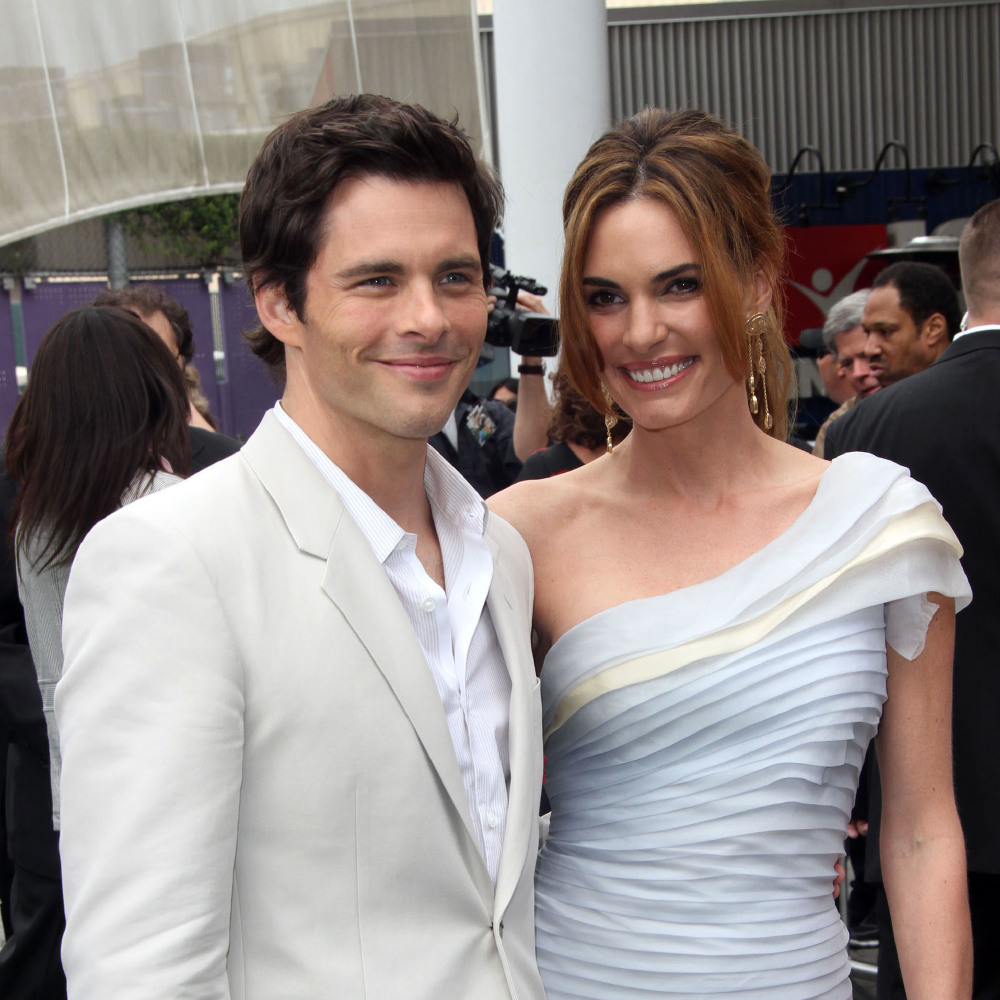 Celebrity Wedding Anniversary James Marsden And Lisa Linde 22 7 2000 She is an actress, known for полицейские на велосипедах (1996). https www femalefirst co uk weddings celebrity wedding anniversary james marsden and lisa linde 506127 html
