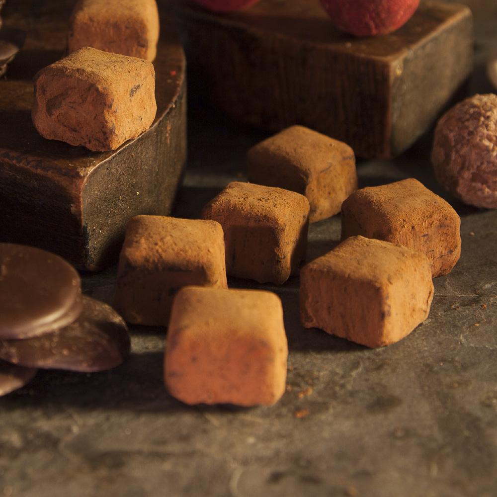 Review Booja Booja Hazelnut Chocolate Truffles