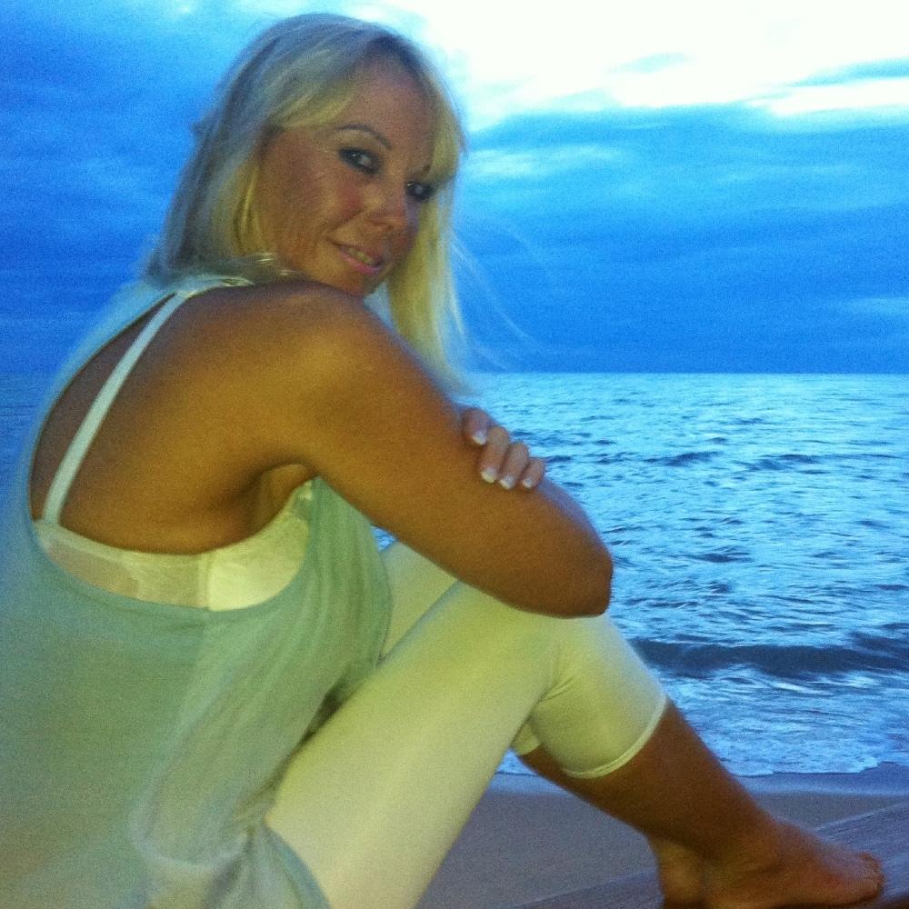 Kate Dollenmayer,Missi Pyle Sex image Jessica Iskandar,Dianna Agron born April 30, 1986 (age 32)