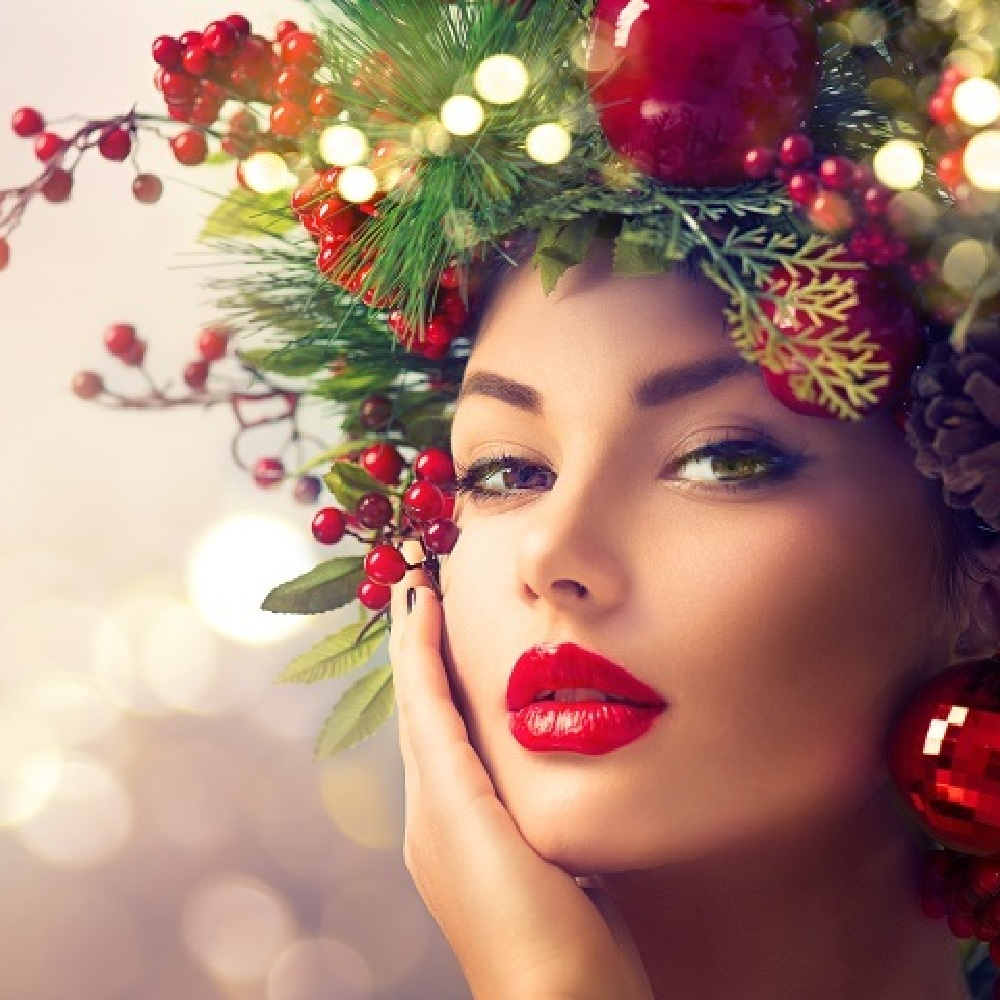 Christmas Beauty.Top 7 Make Up Lessons For Christmas Theme Party