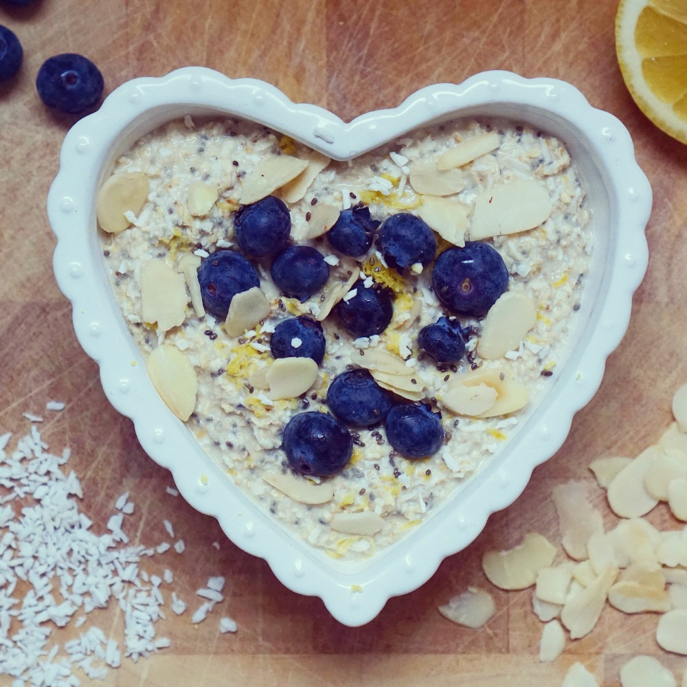 Zanna van Dijk's Lemon Bloob Almond Overnight Oats