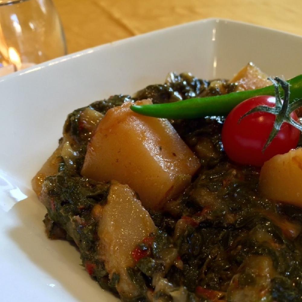 Saag Aloo (Spinach & Potatoes)