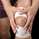 8 ways to ease knee pain