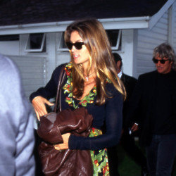 Cindy Crawford and Richard Gere (Credit: Famous)