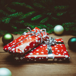 Top Tips To Save Money This Christmas