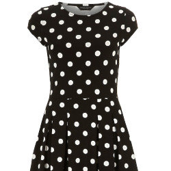 Grab dresses from only £8 at Dorothy Perkins!