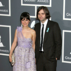 Zooey Deschanel and Ben Gibbard (Credit: Famous)
