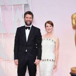 Julianne Moore and Bart Freundlich (Credit: Famous)