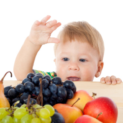 Mums and Dads Are Struggling to Get Their Kids to Eat Fruit