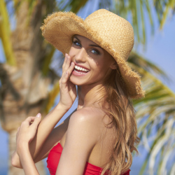 Wear a sun hat that suits your face with these tips