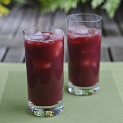 Detox Drinks: Pomegranate, Beetroot and Orange Smoothie Recipe