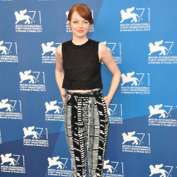 Emma Stone makes a stylish mark in her printed trousers