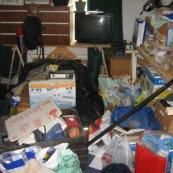 We find out what it means to dream about clutter