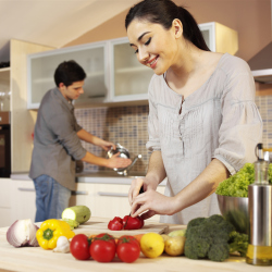 Save energy when cooking in the kitchen