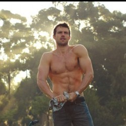 Diet Coke Unveil New Hunk the 'Gardener' to Celebrate 30th Year!