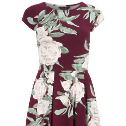 Up to 30% off Dresses at Dorothy Perkins