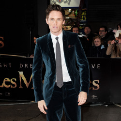 Eddie Redmayne wears teal velvet Burberry suit