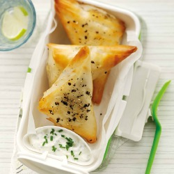 Quick Snacks: Feta and Spinach Parcels